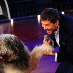 Tinelli y el perro de Denise