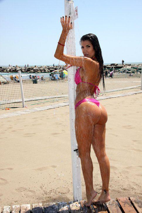 Andrea Rincon topless MDQ 17