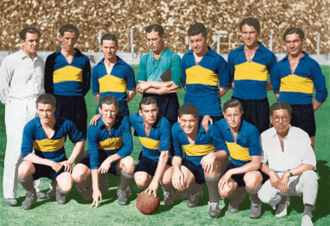 El equipo que ganó el primer torneo profesional en 1931. Para entonces, el club ya había ganado seis campeonatos de Primera. De pie: Juan Evaristo, Dedovich, Fosatti, Mutis, Silenzi y Arico Suárez. Hincados: Nardini, Tarasconi, Varallo, Cherro y Alberino. /CeDOC