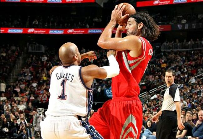 Scola aportó en la causa para una nueva victoria de los Rockets. / ESPN
