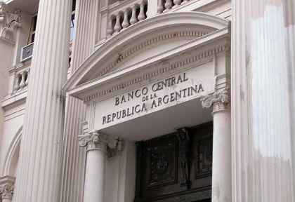 El BCRA impondrá nuevas reglas para regular el dólar.