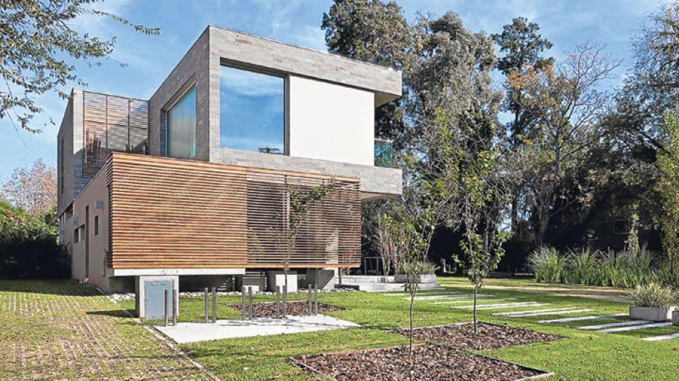 La obra ganó el 2° Premio del concurso Vivienda Individual 2012 de la Sociedad Central de Arquitectos.