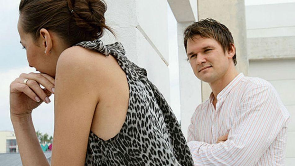Una encuesta revela que el 31% de los argentinos ha tenido alguna vez un amor en su ámbito laboral.
