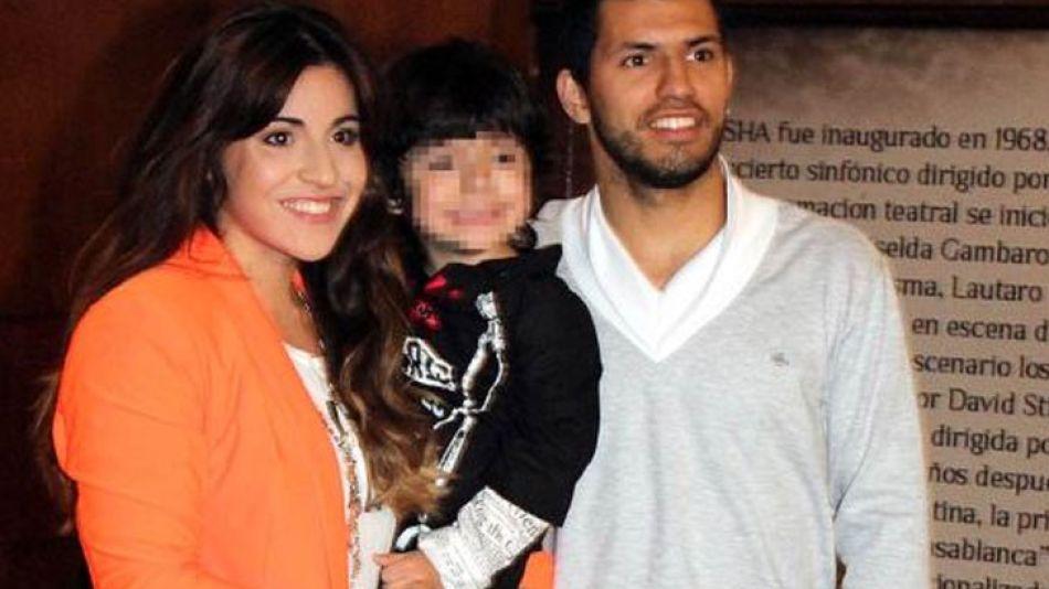 Gianina con su familia