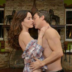 Juan y Aurora hacen el amor