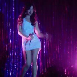 Natalia Oreiro canta Rodrigo (2)