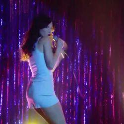 Natalia Oreiro canta Rodrigo (5)