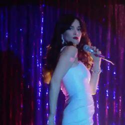 Natalia Oreiro canta Rodrigo (7)
