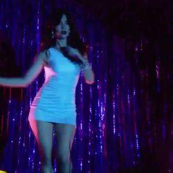 Natalia Oreiro canta Rodrigo (8)