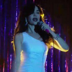 Natalia Oreiro canta Rodrigo (9)