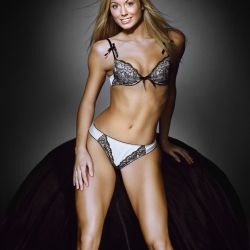 Stacy Keibler (33)