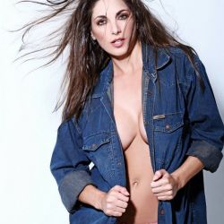 Valeria Degenaro (22)