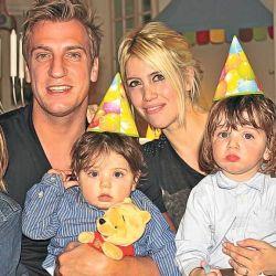 Wanda Nara, Maxi Lopez y sus hijos