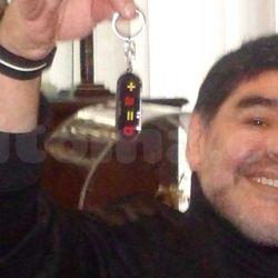 Diego Maradona con el llavero contra Massa | HaceInstantes.net