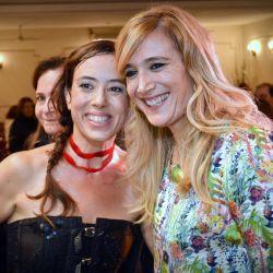 Gabriela Pochinki deslumbró con su show a beneficio del CIDICSef en el que encantó con su baile y voz angelical. Marcela Coronel la felicitó al término del interminable aplauso del público presente.