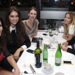 Delfina Gerez Bosco, Tanya Hartfield, Florencia Salvioni y una amiga