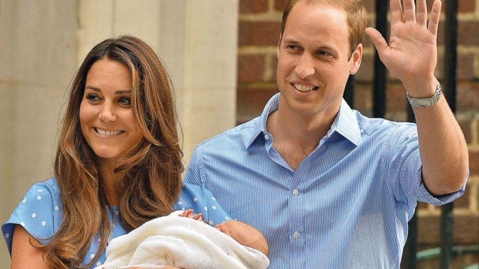 """Padres. El sitio inglés Netmums hizo una encuesta entre primerizas, quienes dijeron que George da idea de un hombre """"leal, talentoso e independiente""""."""