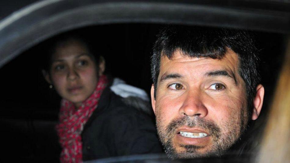 A la salida de tribunales, Juan José Vallejos y su hija Eliana contaron que llevaban un día sin dormir y sin comer nada.