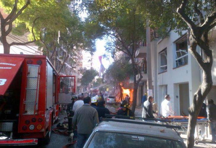 Explosión en Rosario: ordenan la detención del gasista del edificio