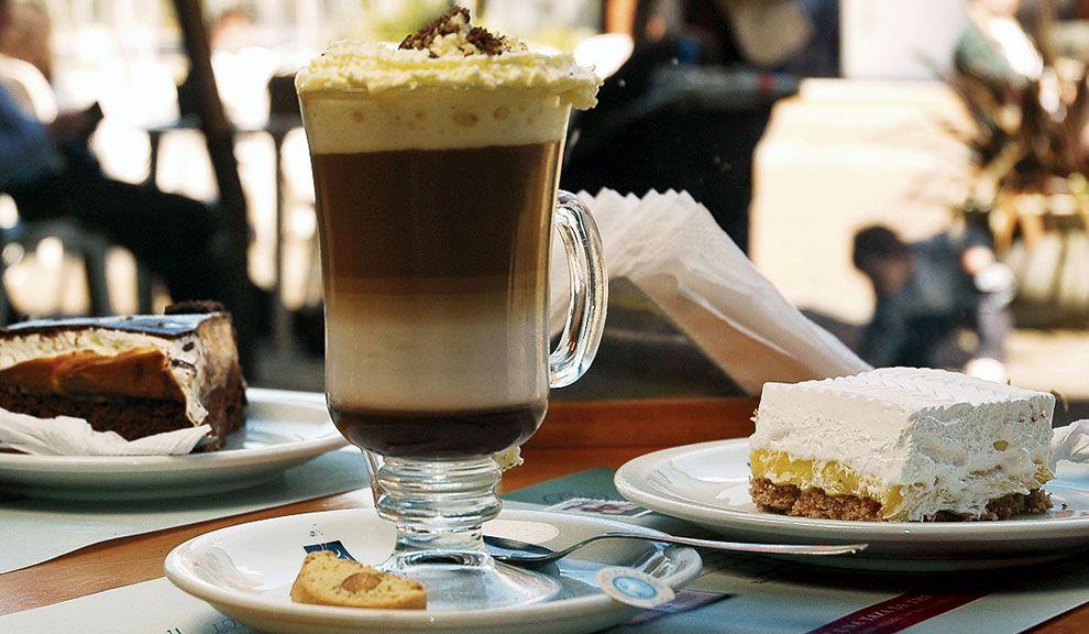 Consumo normal: Hasta 250 mg por día de cafeína. Incluyendo los contenidos en bebidas gaseosas.