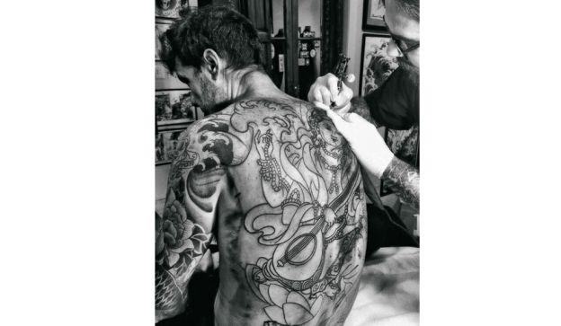 tinelli-tatuado-1