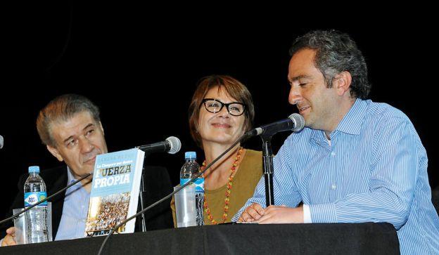 ODA. Larroque y Morales en la presentación del libro de Sandra Russo. Poco público.