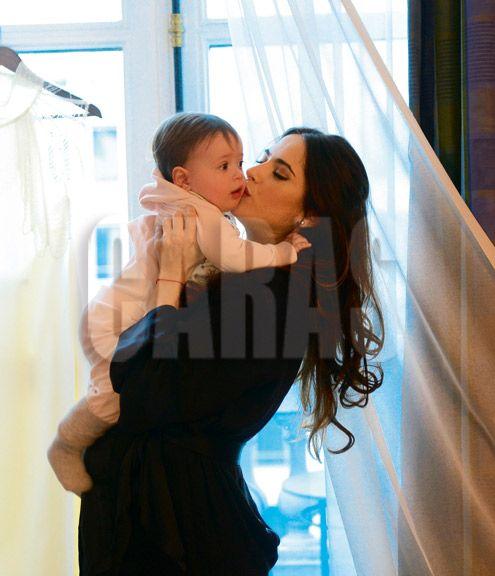 Garfunkel public ms fotos hot de su esposa Victoria Vanucci 30