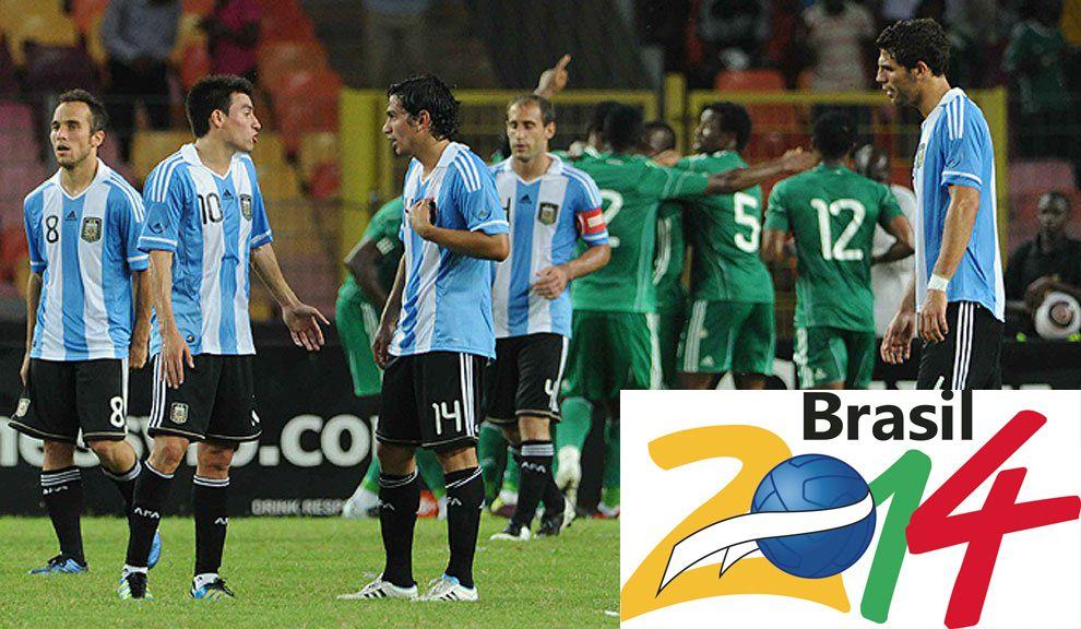 Las alarmas de la FIFA saltaron en un amistoso en 2011 entre Argentina (1) y Nigeria (4), cuando adicionaron ocho minutos con el equipo africano ganando 4 a 0.