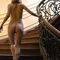 Agustina Kampfer desnuda (3)
