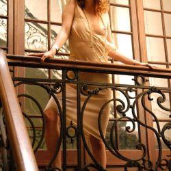 Agustina Kampfer desnuda (8)