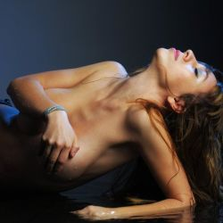 Celeste Gonzalez (29)