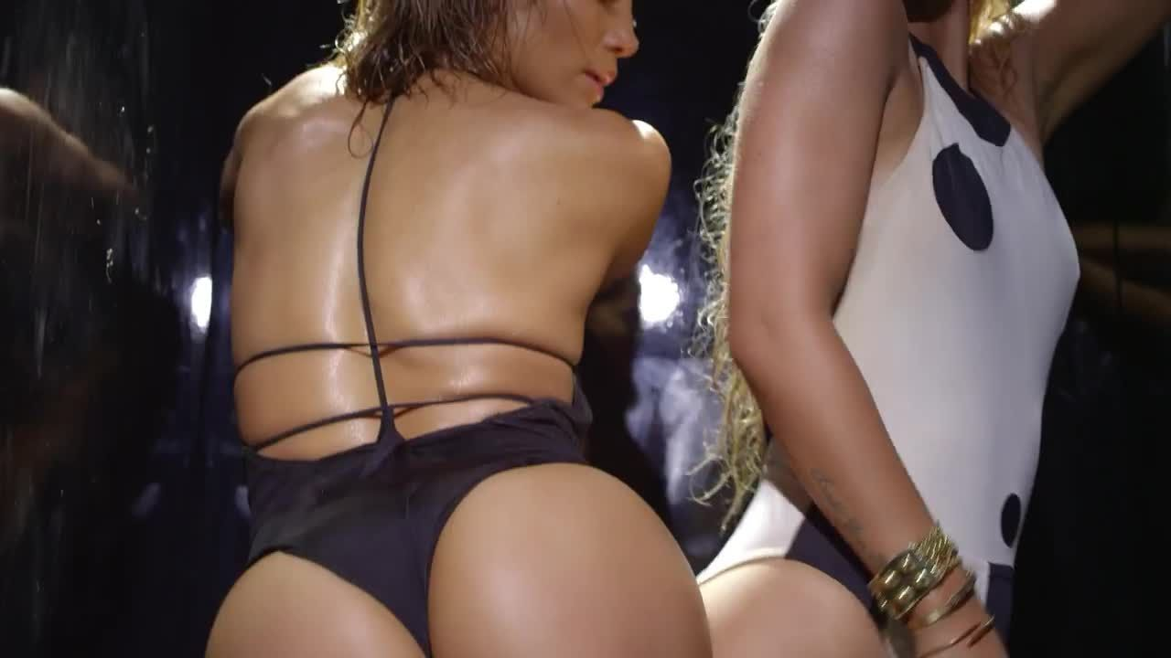 Jennifer lopez shows off toned butt in thong swimsuit instagram photo