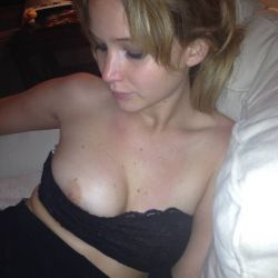 Jennifer Lawrence leaked (43)
