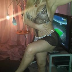 Alejandra Pradon (7)