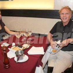 Alberto Ferriols con su novia 1