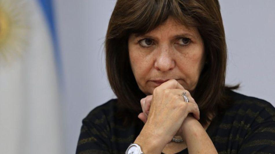 """Bullrich """"la carta de CFK busca poner al fiscal en el lugar de la responsabilidad""""."""
