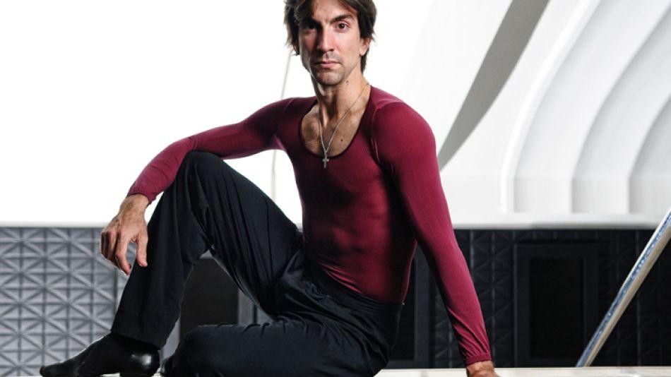 Convicciones. El bailarín del Colón cree que no hay difusión de la danza, salvo en la exposición mediática que se da en televisión.