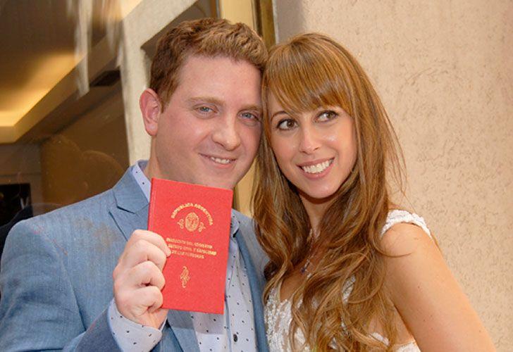 Jonatan Viale se casó ayer con una productora de tevé