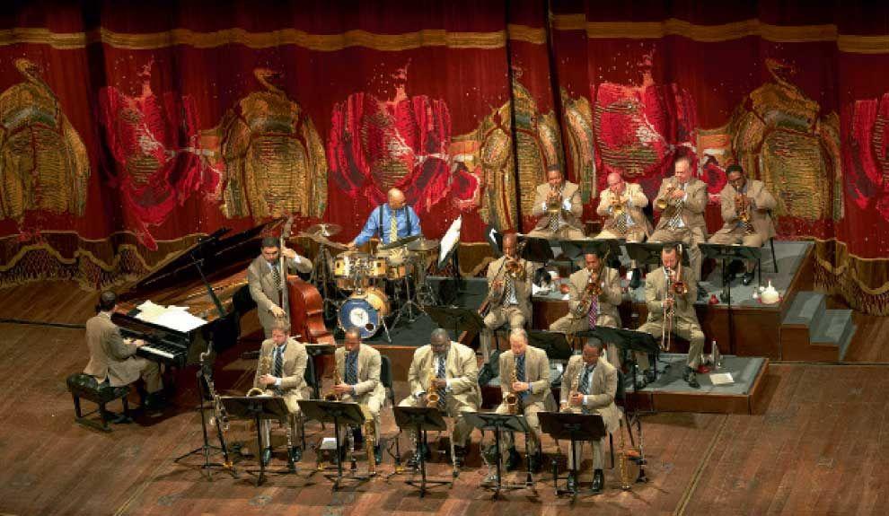 EN EL COLÓN. La JLCO decidió tocar sin amplificación para aprovechar la acústica del Teatro.