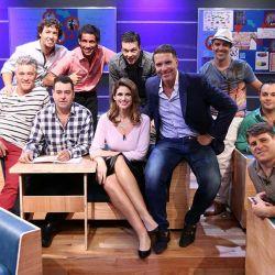 Escuela-Para-Maridos---Alejandro-Fantino-y-Alessandra-Rampolla-junto-a-los-maridos-de-Escuela-para-maridos