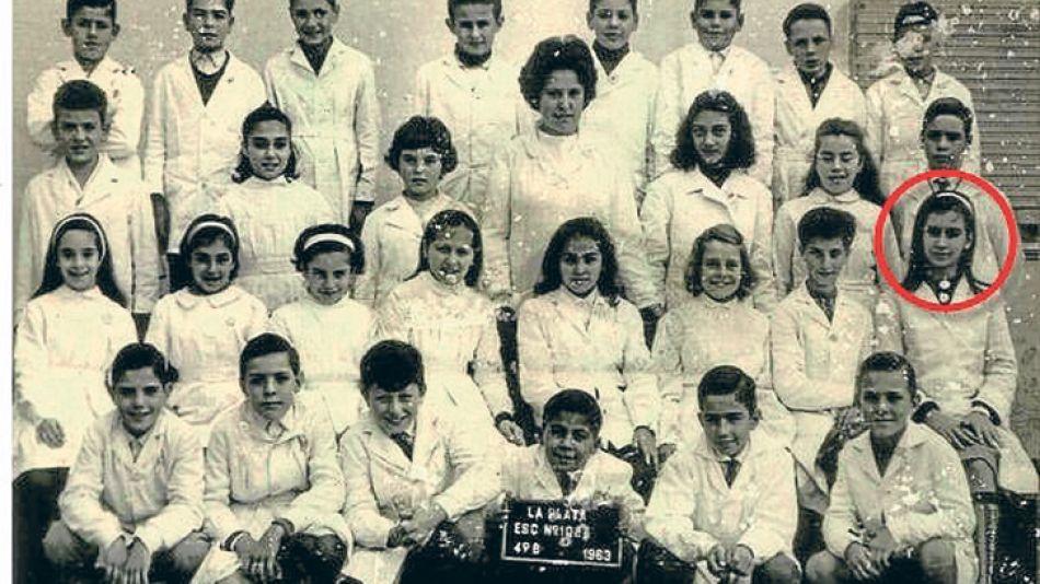Origen. La escuela de La Plata donde cursó la primaria, tras superar los años de mayor austeridad y alcanzar la clase media.