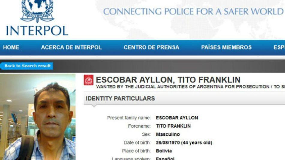 Prófugo. Interpol difundió la imagen y publicó los datos del principal sospechoso por el caso.