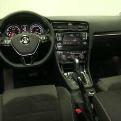 volkswagen-golf-tsi-interior