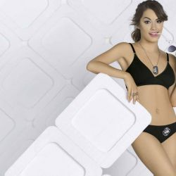 Lali Esposito Lara (79)