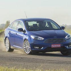 ford-focus-sedan