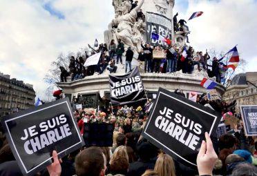 Manifestación en París en repudio al atentado perpetado contra el semanario satírico Charlie Hebdo el 7 de enero de 2015.