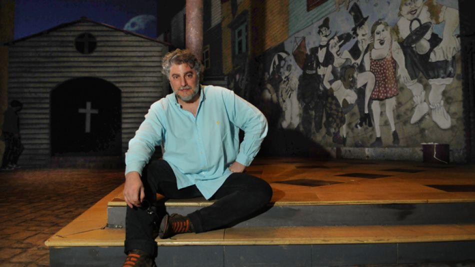 Múltiple. José Cura en el Colón, en su triple rol de tenor protagonista, director y escenógrafo.