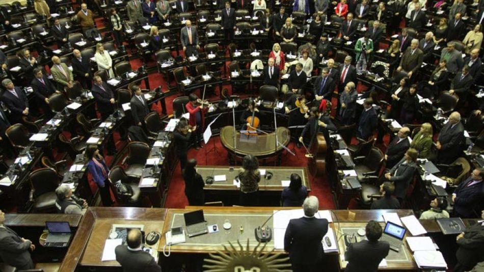Según un informe, se destaca que en contraposición al descenso del número de sesiones en 2015 se sancionaron más leyes que en 2013 y 2014.
