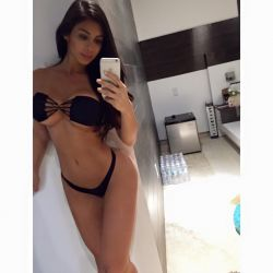 Joselyn Cano (55)