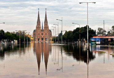 cambio climatico inundaciones polita